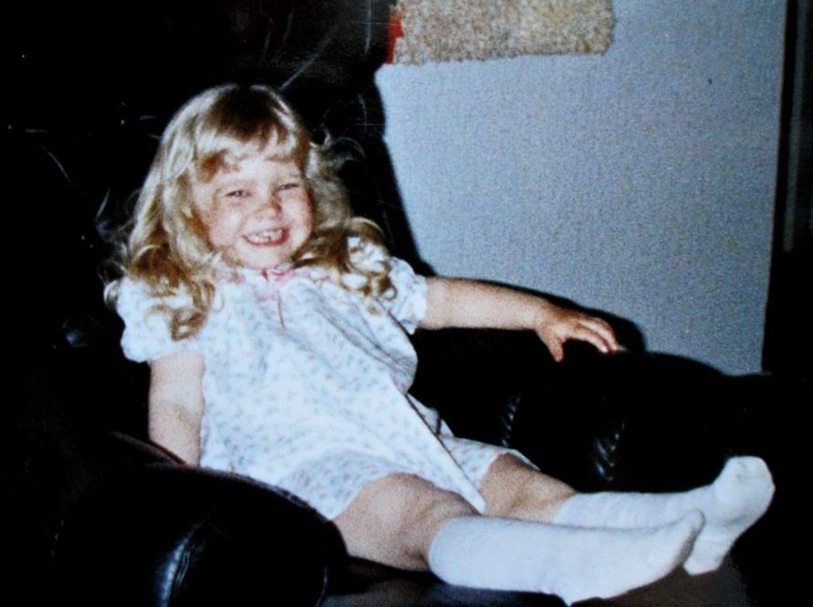 """""""Viisivuotissyntymäpäivänä kuvassa näkyy se veikeä Piia, joka olen aina ollut. Nyt olen sitä vain hieman isompana."""""""
