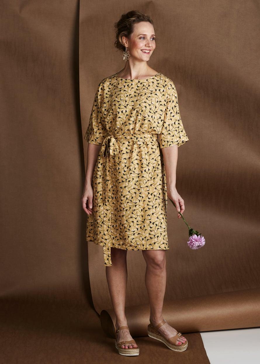 13 Windy-kuosinen mekko