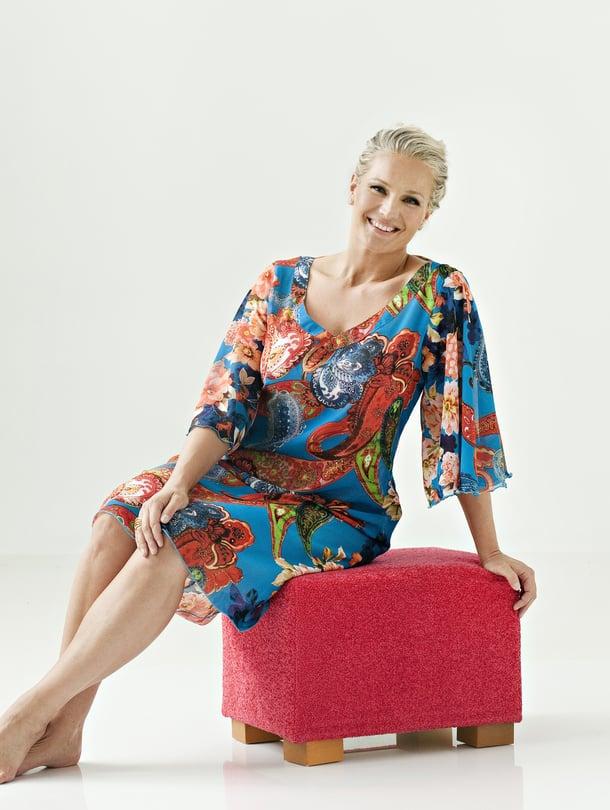 Kaavat Kyllin tunikaan löydät Suuri Käsityö -lehdestä 9/2014. Koot 36-50.