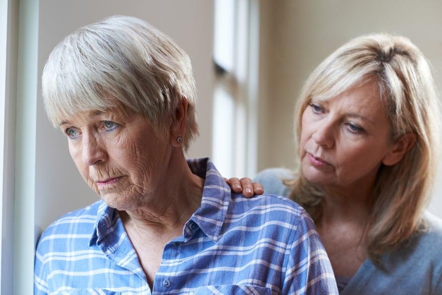 Vanhenevien vanhempien hoivaaminen ei aina tunnu helpolta eikä edes reilulta.