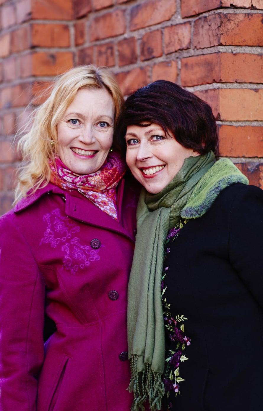 """""""Ystävyytemme Riikan kanssa syveni sairauden aikana"""", sanoo hahmoterapeutti ja elämäntaidonvalmentaja Kirsti Kuosmanen."""