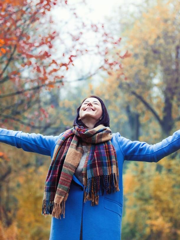 Kun kuuntelee myös omia tarpeitaan,  ei vain ajelehdi tai tohota elämän mukana, vaan voimautuu.