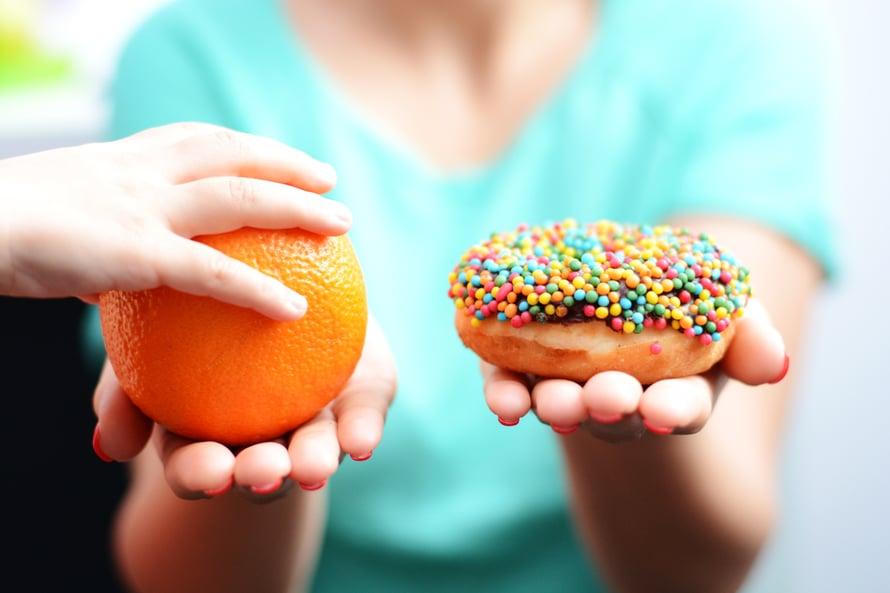 Suhtaudu sokerilakkoon uteliaana kokeiluna, ei kurinalaisena dieettinä.