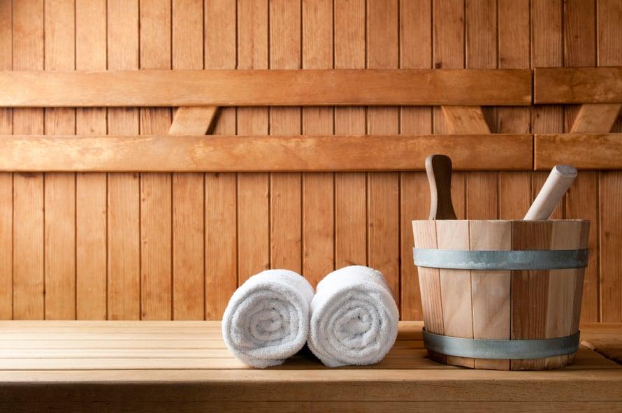 Saat raikkaat löylyt, kun muistat muutaman perusjutun aina saunomisen yhteydessä. Silloin suursiivous kerran vuodessa riittää.