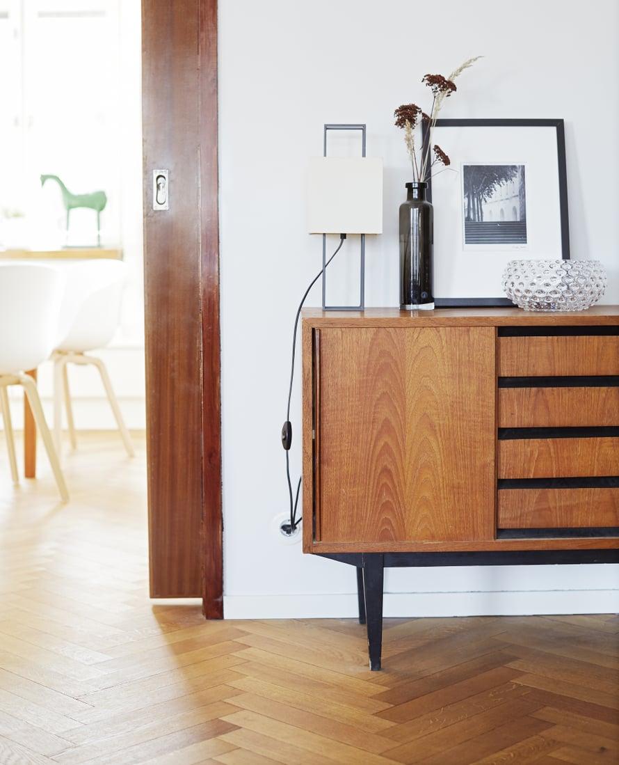 Liukuovelliset senkit säästävät tilaa pienestäkin asunnosta. Kuva Päivi Anita Ristell