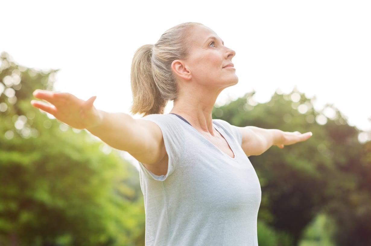 Tasapainoilua oireiden ja hoitojen, syömisen ja liikkumisen kanssa. Sitä vaihdevuodet usein vaativat, mutta apua saa.