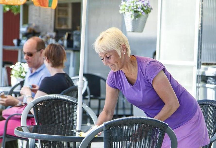 Oma kahvila on unelma, joka toteutui Annen elämässä helmikuussa. Nyt hänet voi tavata Lappeenrannan torilla.