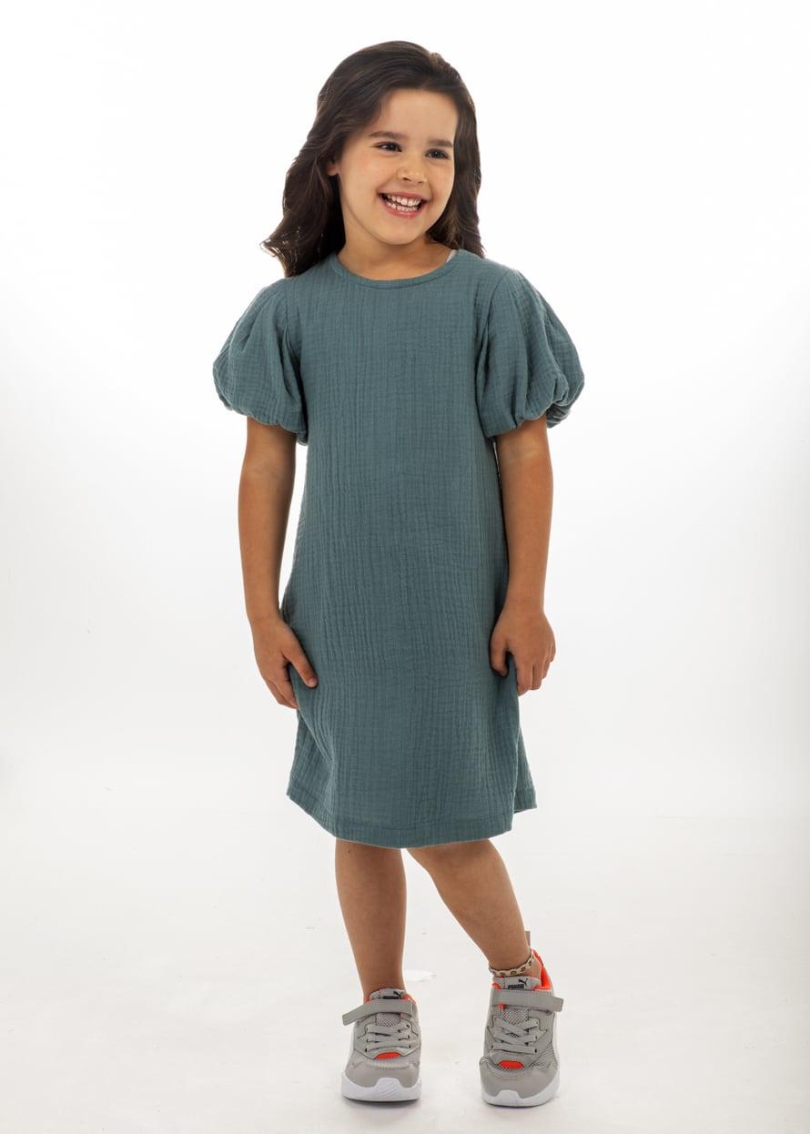 16 Tytön puhvihihainen mekko