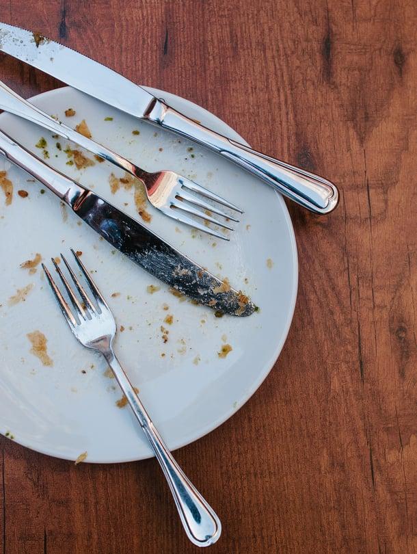 Mitä sitten syötäisiin? Älä heitä ruokaa pois vaan tee tähteistä uusia herkkuja.