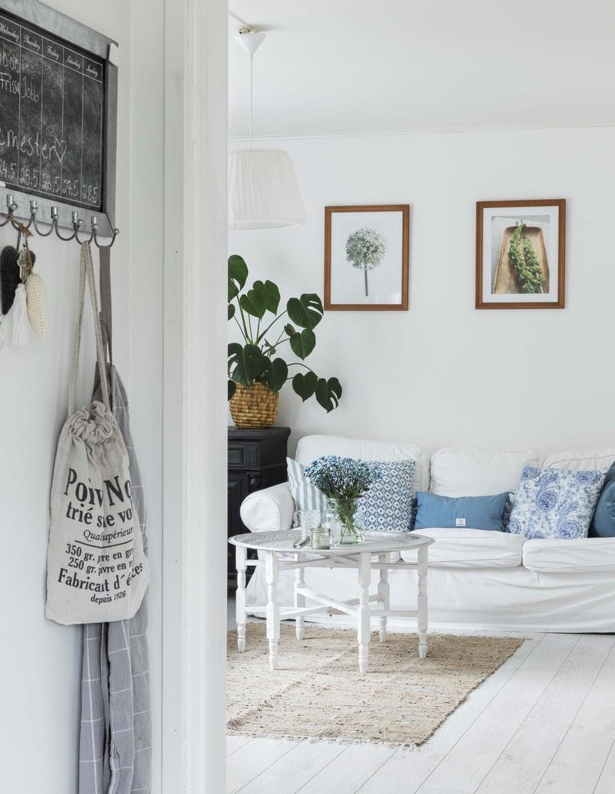 Olohuoneen  marokkolainen  tarjotinpöytä on  yksi Melissan  suosikkiesineistä.