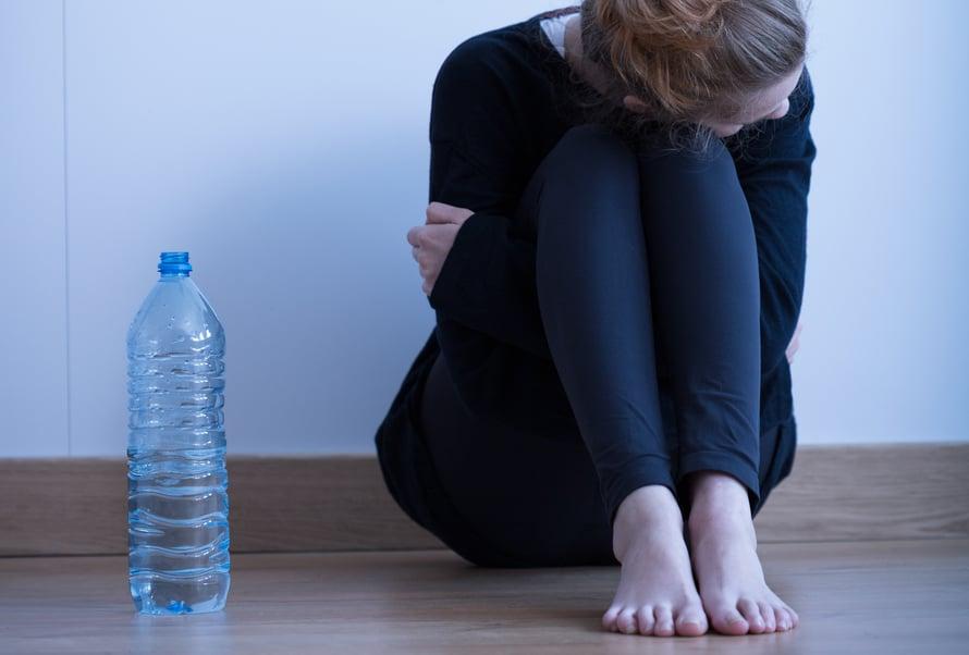 Ei ole väärää aikaa puuttua, Syömishäiriöliitto ohjeistaa läheisiä. Oikea aika on silloin, kun huoli herää.