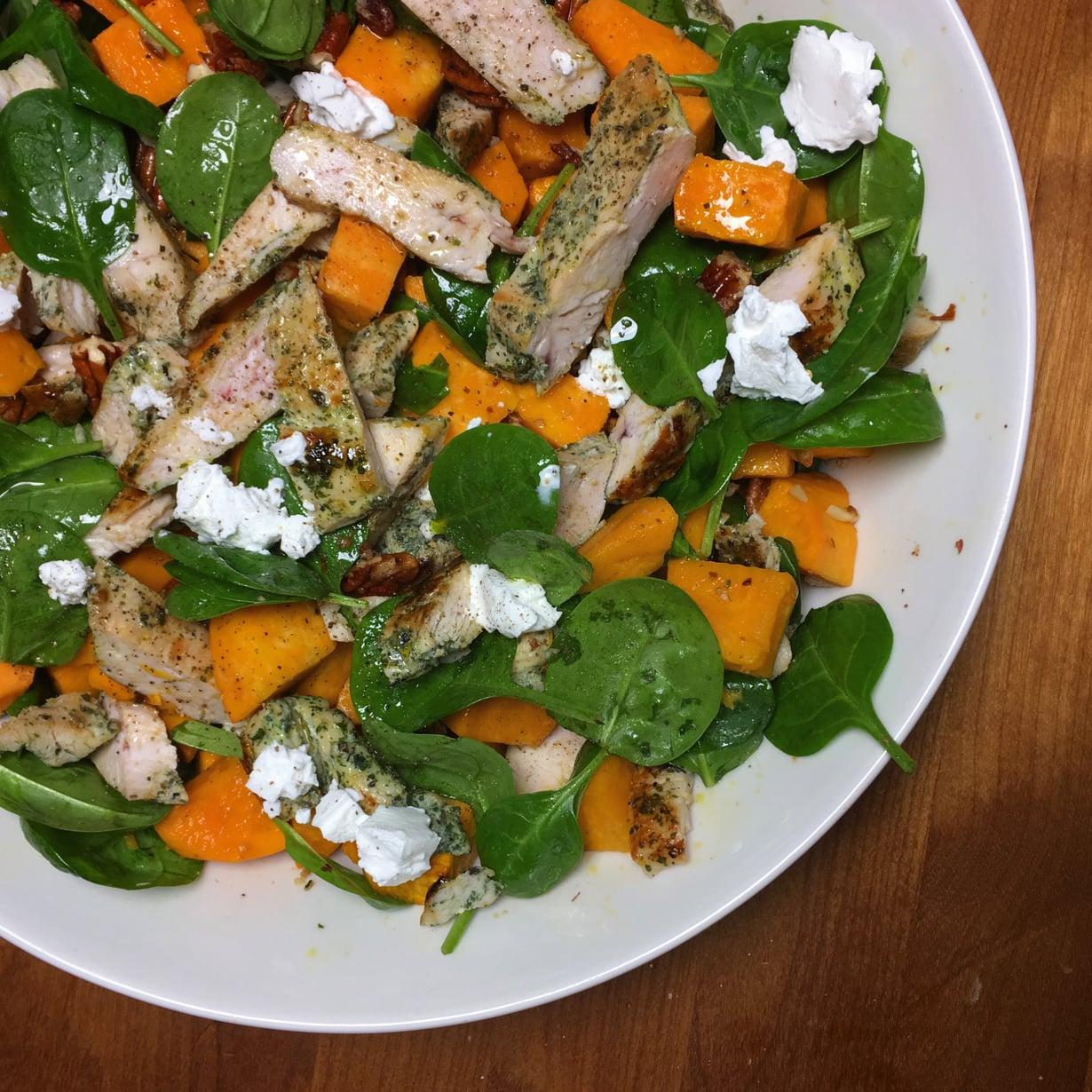 Talvella salaattikin voi olla lämmin ruoka.