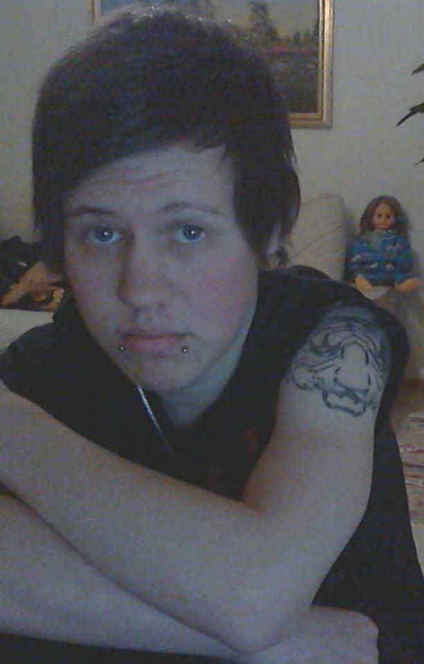 """""""Äitini tatuoi käteeni tiikerin. Se on päättäväinen, kuten minäkin."""""""